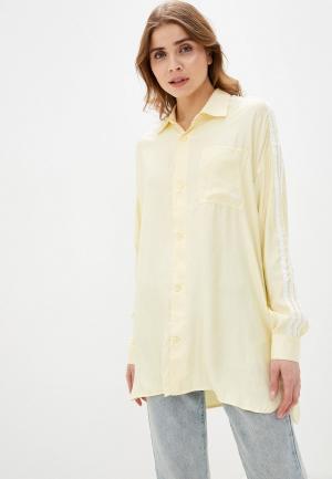 Рубашка adidas Originals. Цвет: желтый