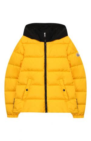 Куртка на молнии с капюшоном Moncler Enfant. Цвет: желтый