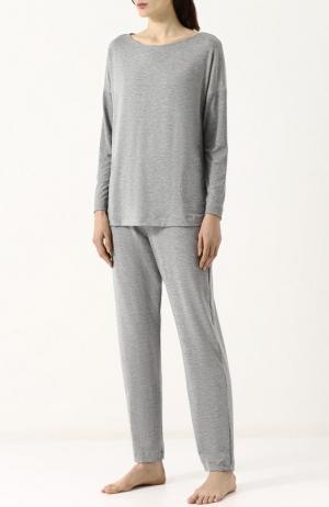 Однотонная пижама из смеси вискозы и эластана Hanro. Цвет: серый