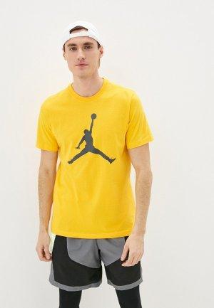 Футболка Jordan. Цвет: желтый