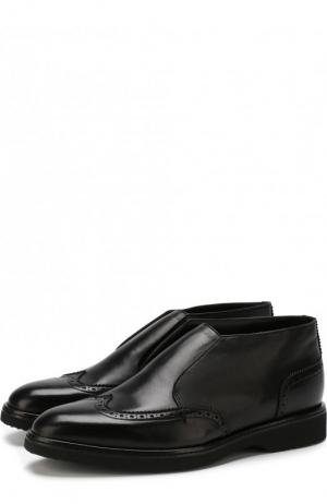 Кожаные ботинки с брогированием и внутренней меховой отделкой Doucals Doucal's. Цвет: черный