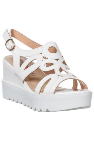 Platform sandals GAI MATTIOLO. Цвет: white
