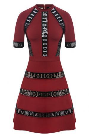Приталенное платье с декоративной отделкой Elie Saab. Цвет: бордовый
