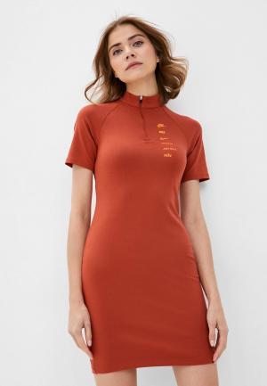 Платье Nike. Цвет: коричневый