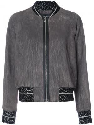 Куртка-бомбер с эффектом змеиной кожи Yigal Azrouel. Цвет: серый
