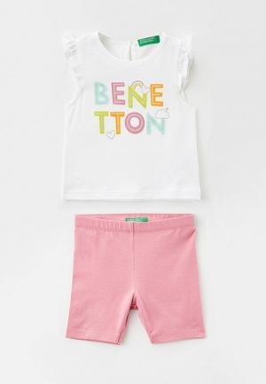 Майка и шорты United Colors of Benetton. Цвет: разноцветный