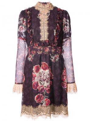 Платье с высокой горловиной и принтом роз Anna Sui. Цвет: розовый и фиолетовый