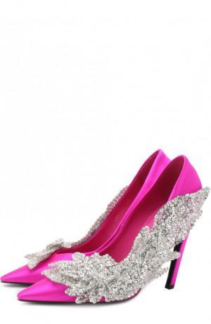 Атласные туфли Slash с аппликацией на шпильке Balenciaga. Цвет: фуксия