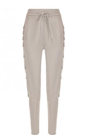 Однотонные хлопковые брюки-скинни Roque. Цвет: серый