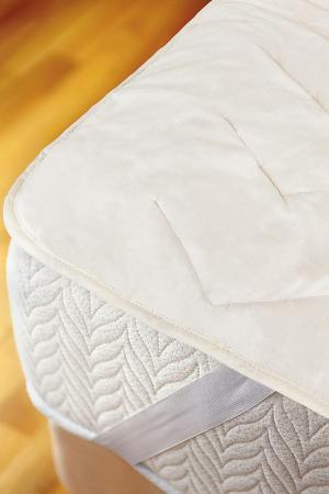Стеганый наматрасник 180х200 DAILY BY T. Цвет: белый